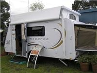 Jayco shows good  value Expanda at  melbourne Leisurefest.