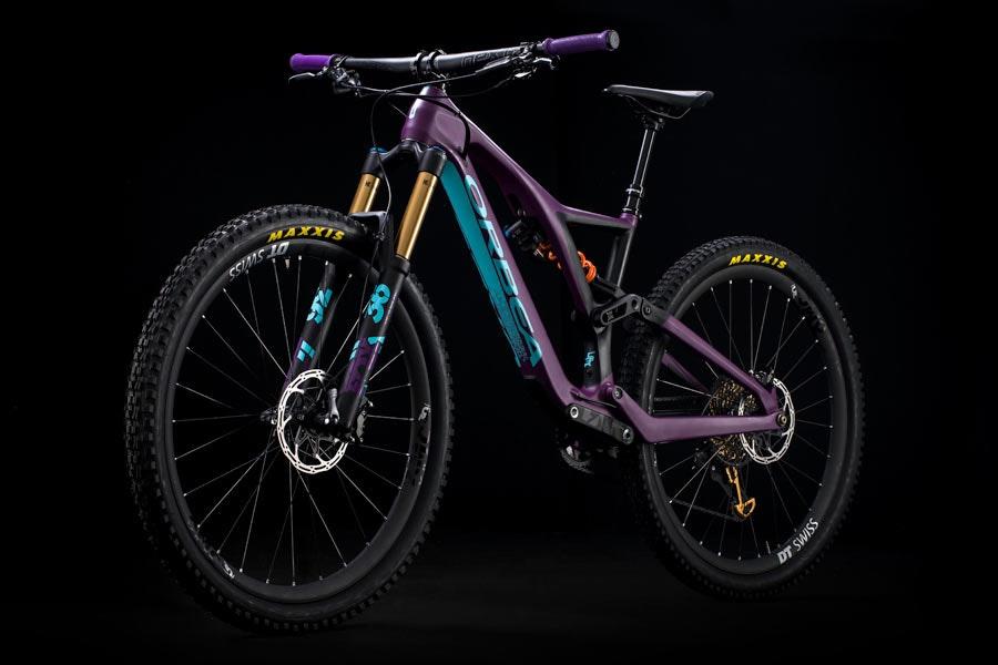 mountainbikes 2018 die top 30 mtb neuheiten bikeexchange. Black Bedroom Furniture Sets. Home Design Ideas