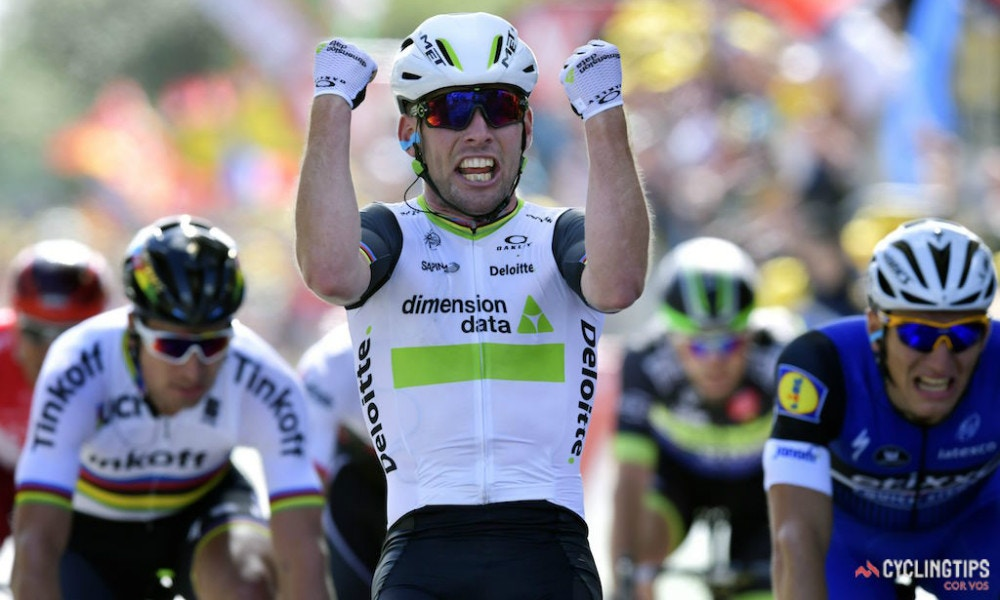 Cav Wins Opening Stage and Takes Malliot Jaune