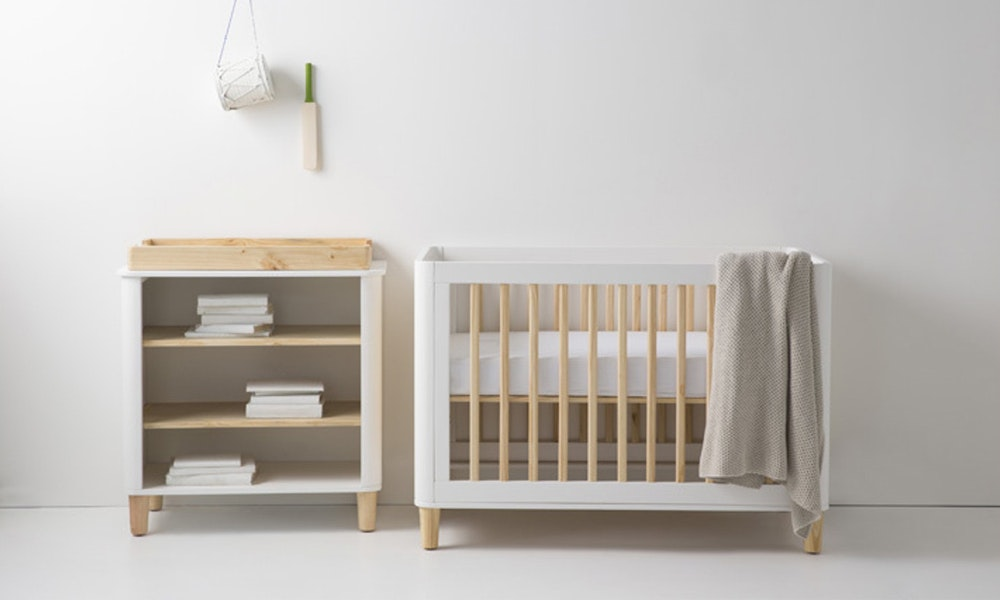 myer-market-cot-buying-guide-incy-interiors-teeny-cot-simple-white-jpg