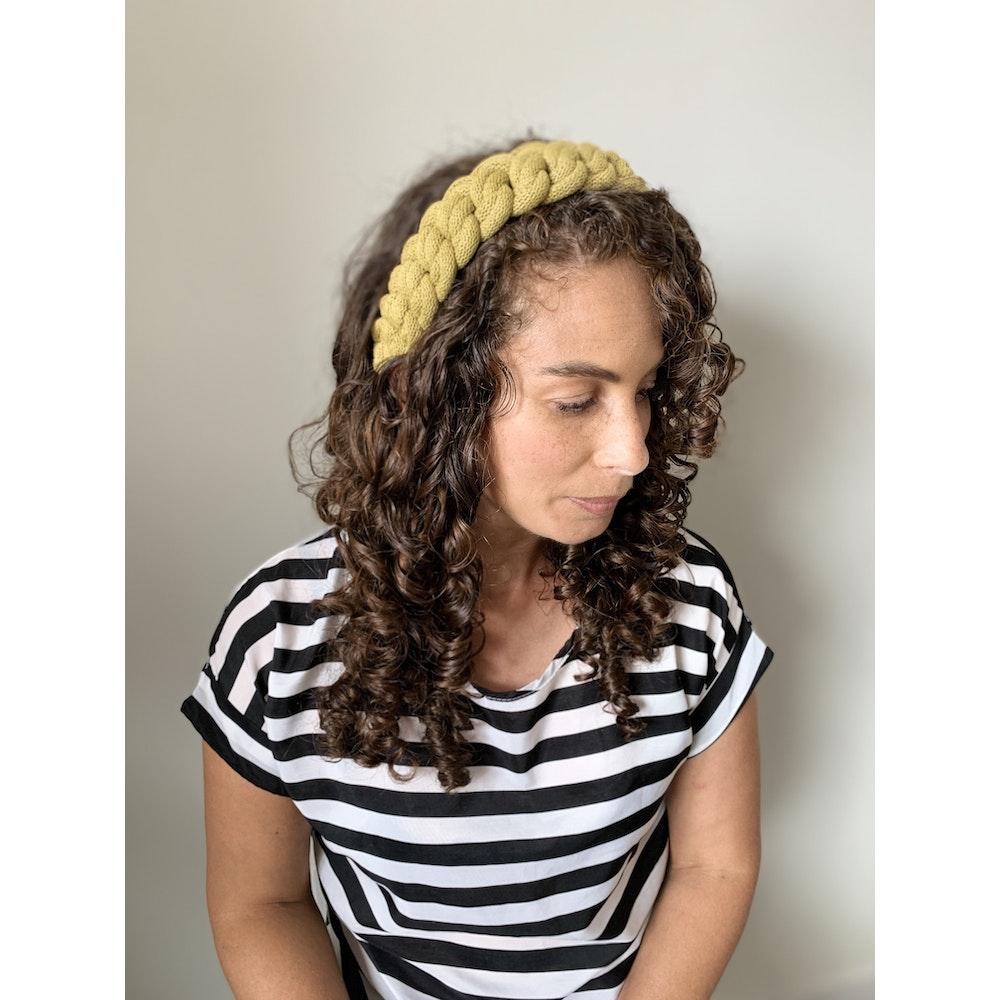 Form Norfolk Chunky Loop Knot Headband In Avocado Green