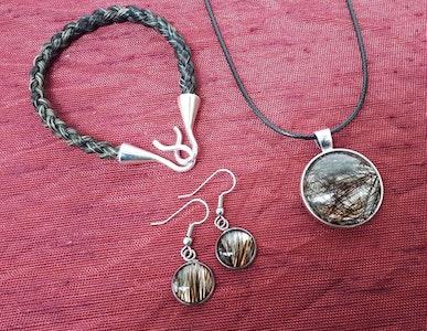 Rainbow Reins Personalised custom made pendants