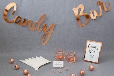 candy-bar-hochzeit-dekoration-gold-jpg