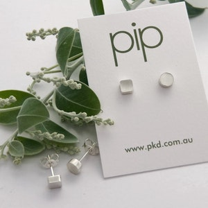 Square and Round POP studs