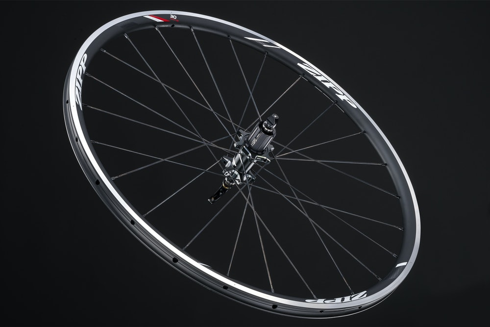 Zipp 30 Course RB TU   hero rear