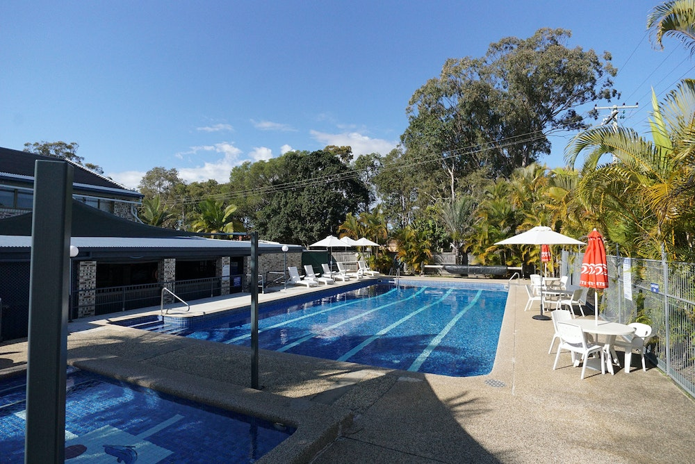 noosa-holiday-park-pool-jpg