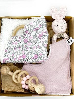 Avie Designs Newborn Baby Gift Box, Pink