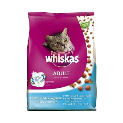 Whiskas Adult Cat Food Chicken Cheese and Turkey 2.5kg