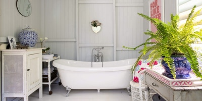 Queenslander Bathroom Style