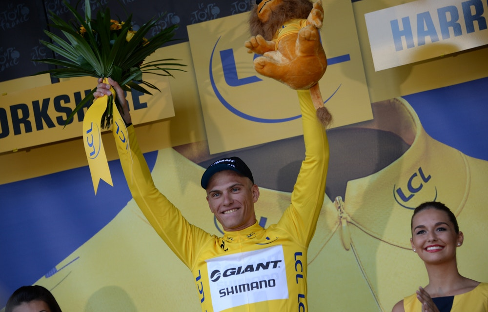 Kittel Takes Yellow, but Gerro and Cav Crash. Stage 1 Results