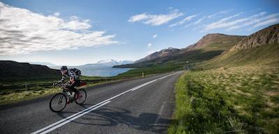 Avontuurlijk fietsen op IJsland: tussen gletsjers en vulkanen