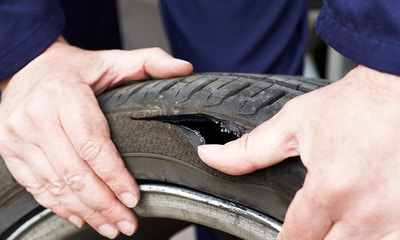 Identifying Uneven Tyre Wear & Damage