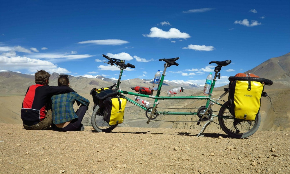 Cycling the himalayas hero image