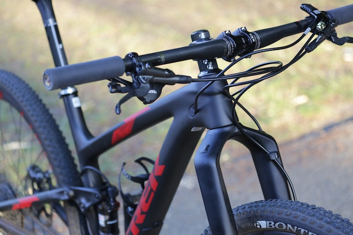 2015 Trek Top Fuel 9.9 bars