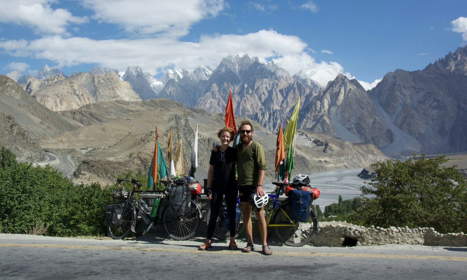 Cycling the Karakoram Highway in Pakistan and China