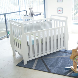 Babyhood Georgia Sleigh Cot Luxx