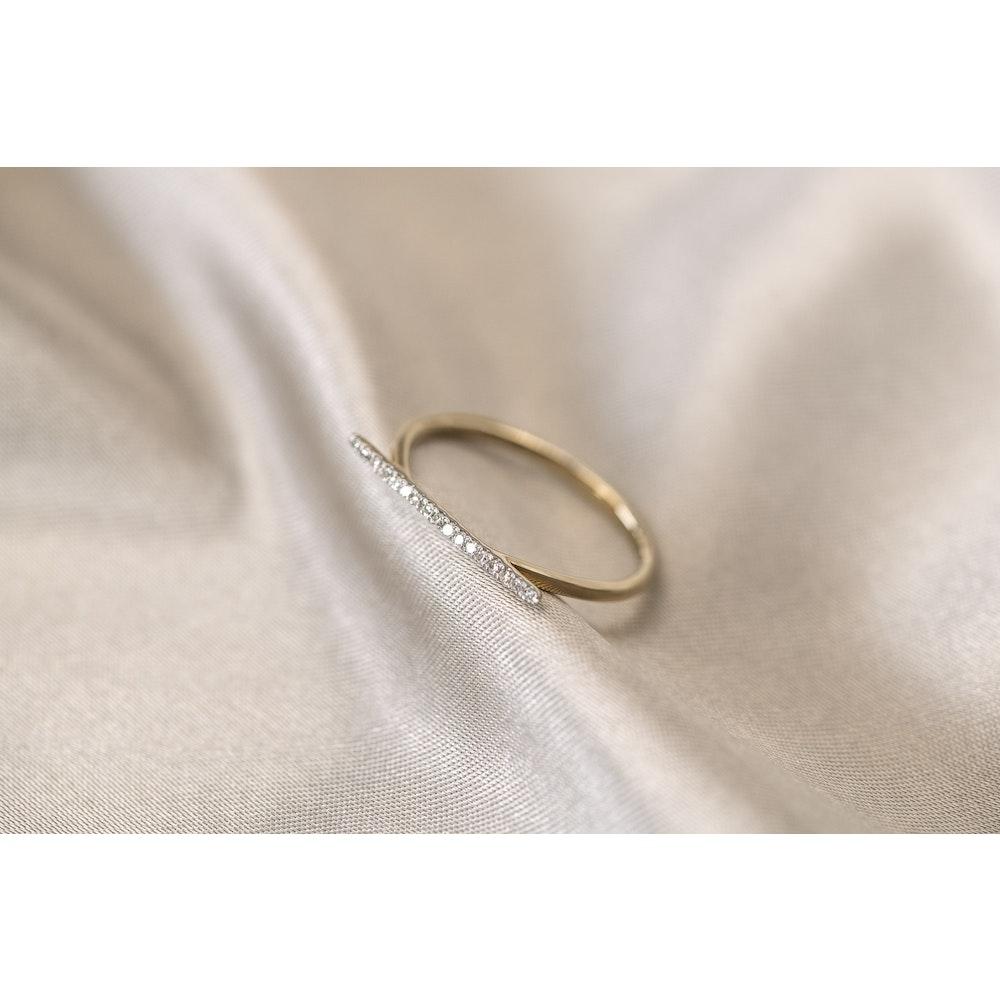 Jessica Alice Jewellery 9ct Gold Diamond Bar Ring