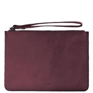 COBB & CO MOSSMAN LEATHER CLUTCH - PORT
