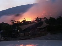 Flashback - Parkgate Resort, Halls Gap, gets a ringside seat at the fires, pic. Samantha Magill