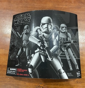 Star Wars Black Series - First Order Stormtrooper Exclusive (with battle pack accessories)