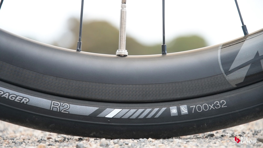 trek domane sl 5 disc 2017 review bontrager tyres