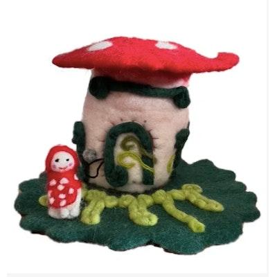 SparksJoi Mushroom Felt Fairy House and Mushroom Doll