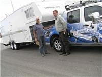 Trailblazers RV 5th wheeler and Nissan Navara V6 4 litre Dual Cab ST-X PU 4x4 Petrol tug