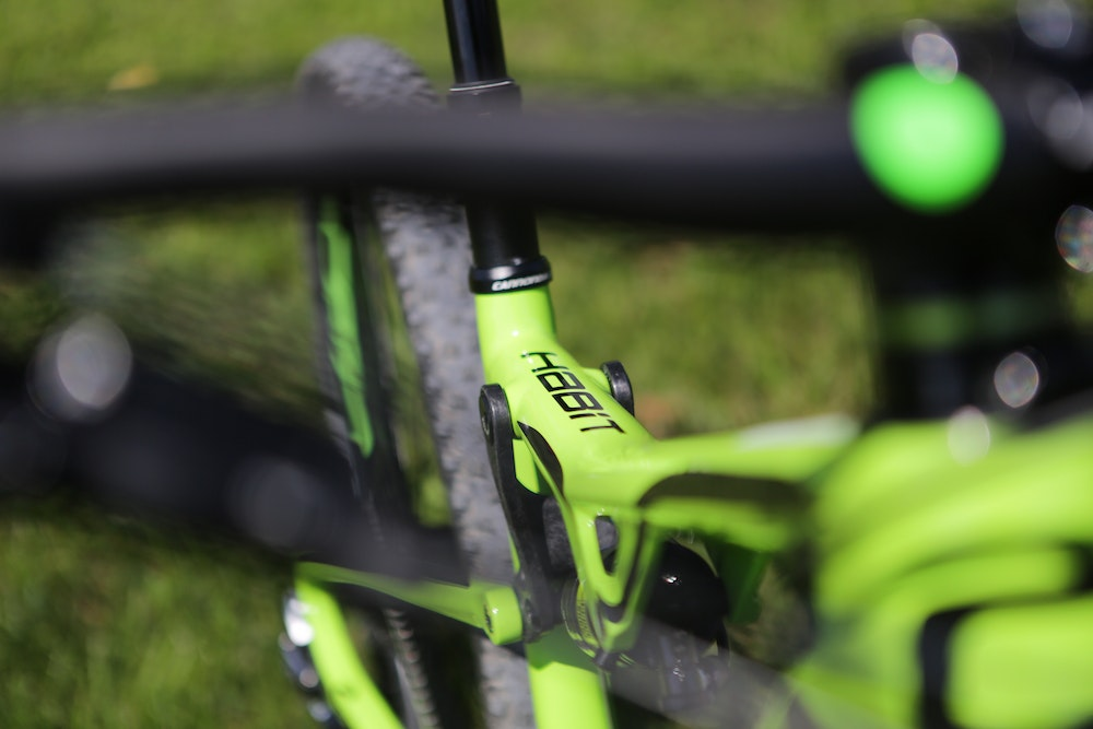 cannondale habbit top tube