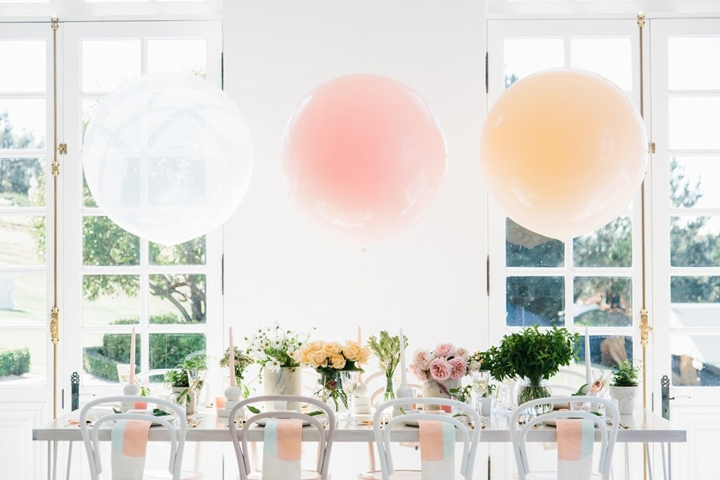 PARTY WITH PLACE SETTINGS