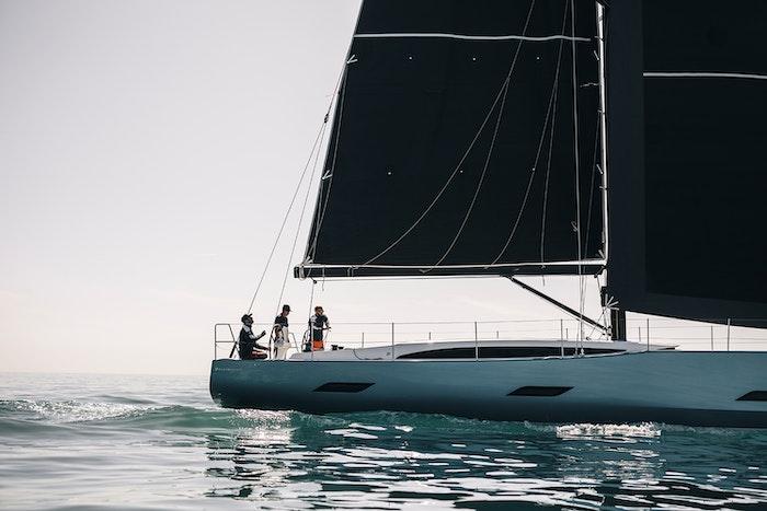 henri-lloyd-yacht-image-1500x1000-jpg