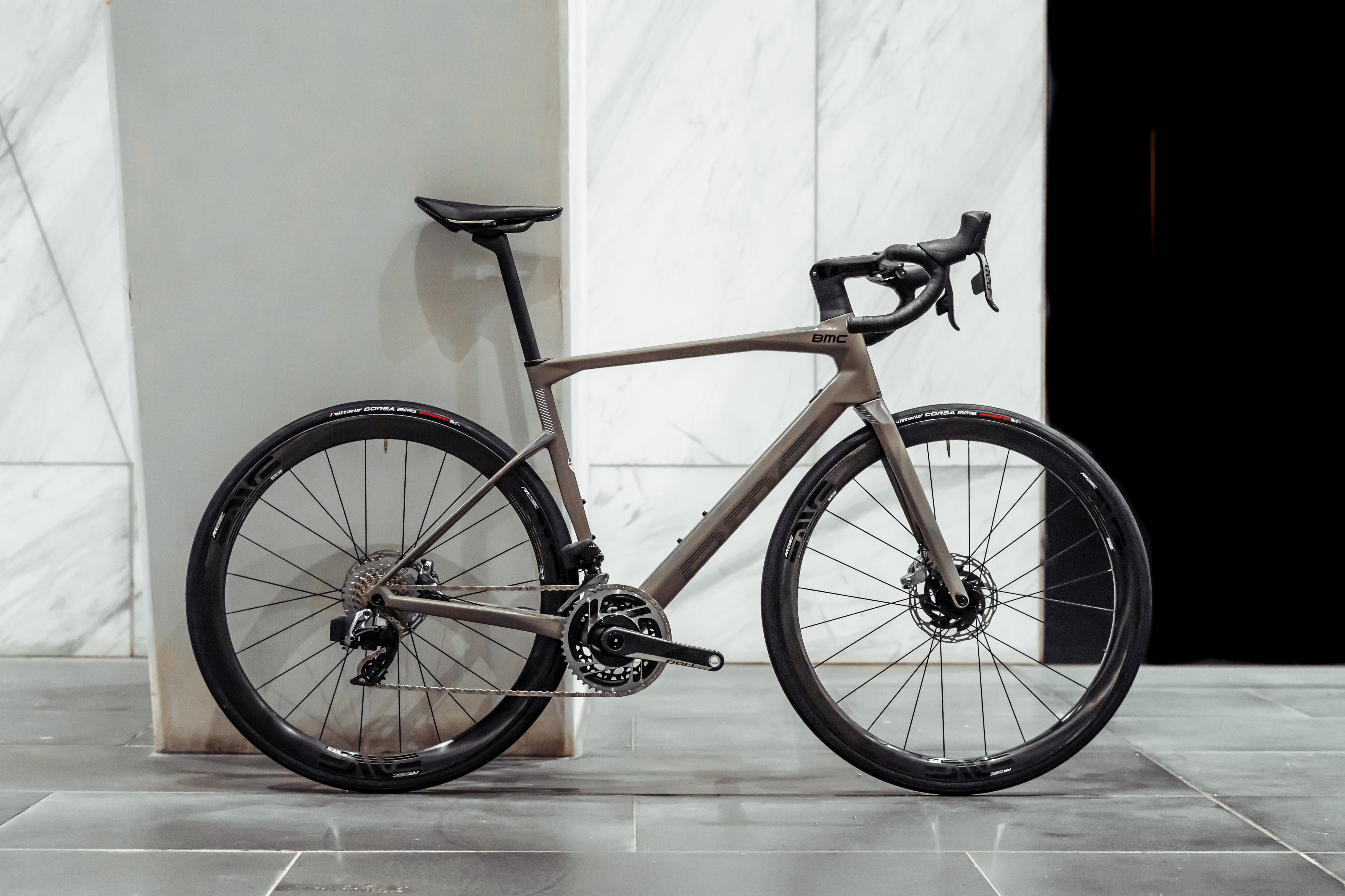 2021 BMC ROADMACHINE 01 ONE built by Bike Force Docklands