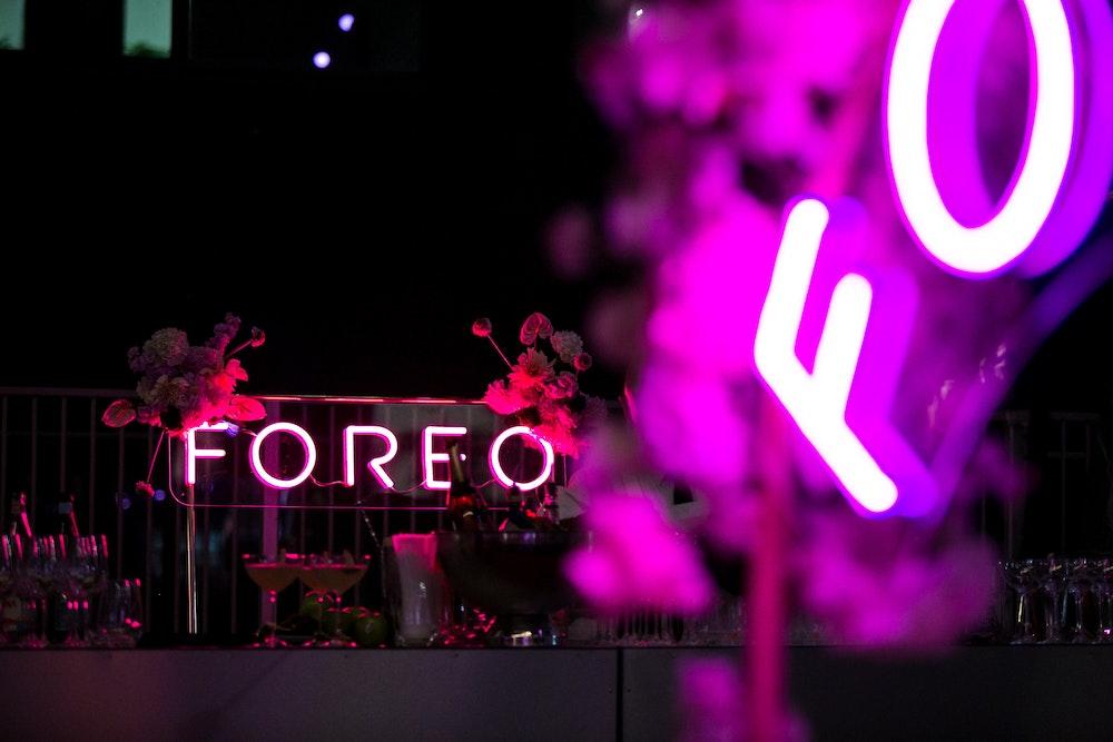 """""""Foreo"""