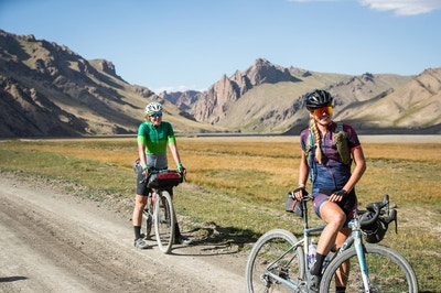 5 Picturesque Cycling Spots in the US You Need To Try