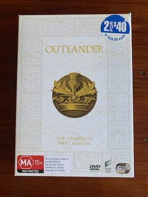 OUTLANDER Complete First Season DVD 2015 AUS (Region 2,4,5) Box Set
