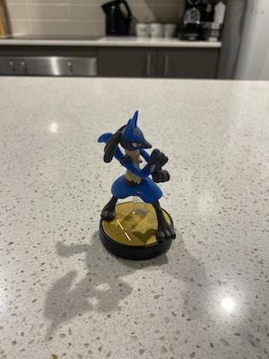 Smash Bros Lucario Amiibo