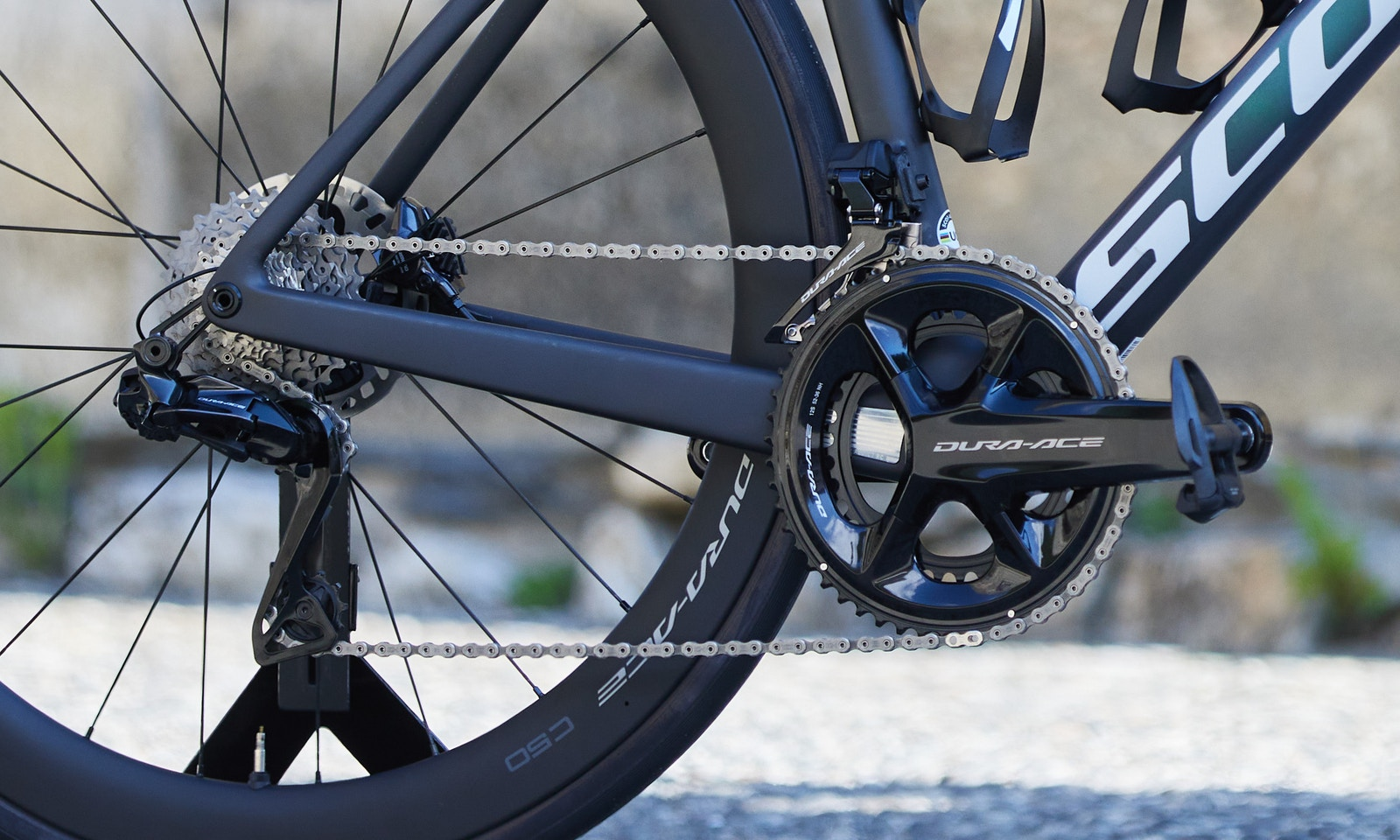 New Shimano 12-Speed Dura-Ace R9200 and Ultegra R8100 Groupsets Released