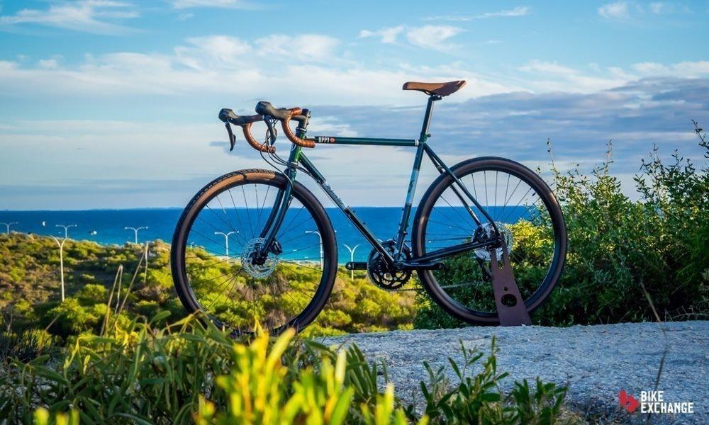 fullpage_fullpage_choosing-the-right-bike-bicycle-buying-advice-touring-jpg