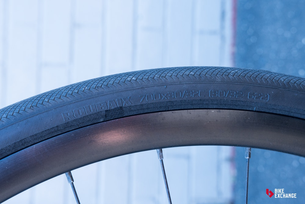 guide to road bike tyres size