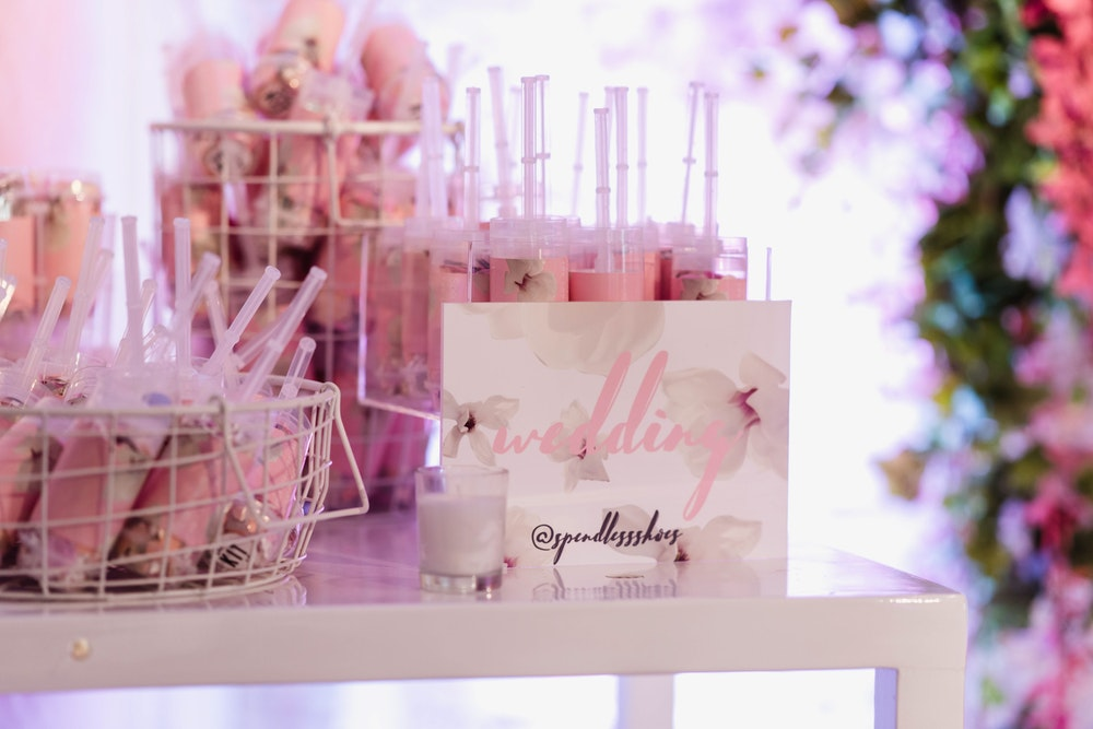 LENZO Hello Kit Co Confetti Pops Launch