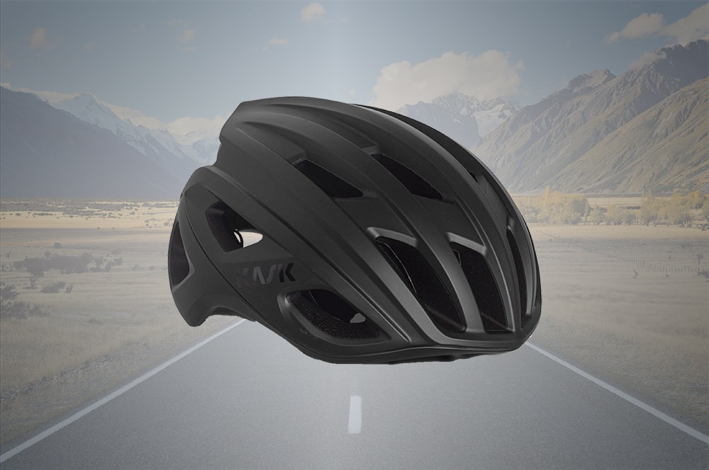 christmas-gift-guide-road-cyclists-2020-helmety-jpg