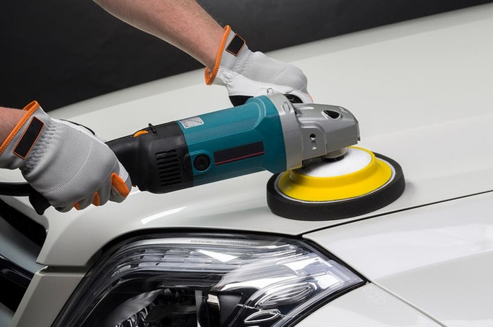 polishing-a-new-car-1-jpg