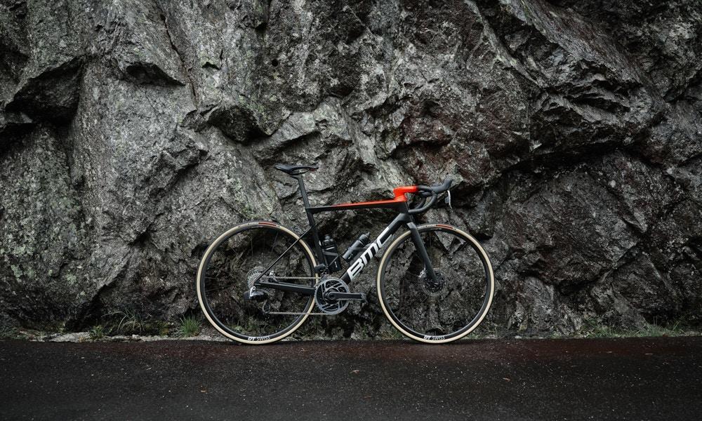 Las Nuevas BMC Teammachine SLR 2021 - 8 Cosas que Debes Saber