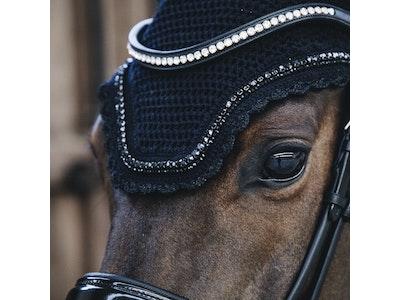 Kentucky Ear Bonnet Wellington Pearls - Soundless