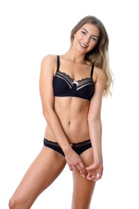 SHOW OFF JET BLACK NURSING BRA - WIREFREE