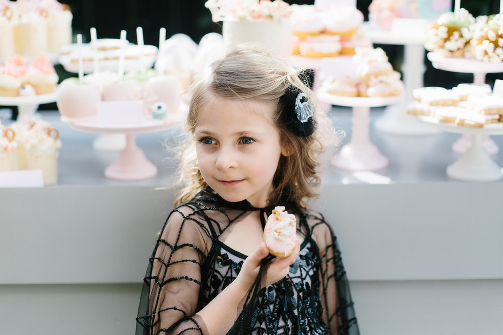LENZO Lamanna Patisserie Birthday Eclairs