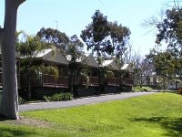 Lake Hume prime cabins