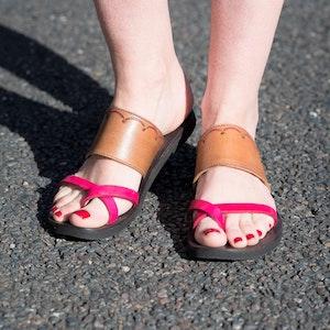 Indian-Cross Over Toe Strap Sandal-Embossed, Women's slide, Choice of color & Size, Toe Loop Sandal, Comfort Sandal