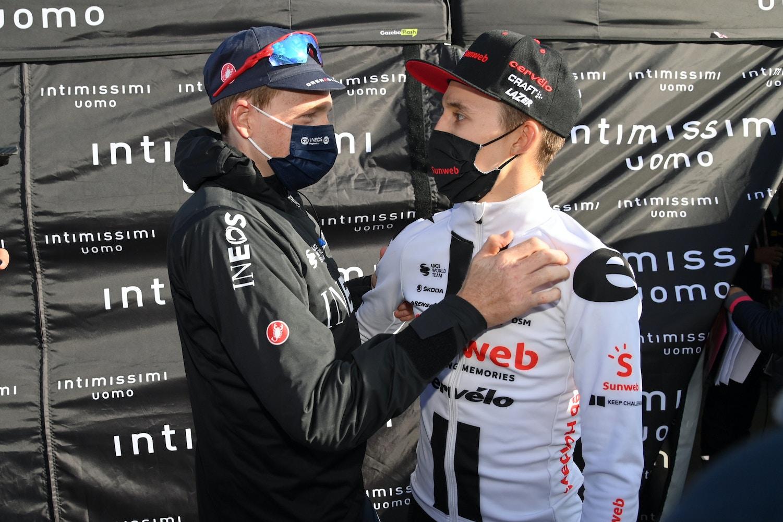 Tao Geoghegan Hart Gana la Etapa Para Empatar con Jai Hindley en la Clasificación General - Giro de Italia Etapa 20