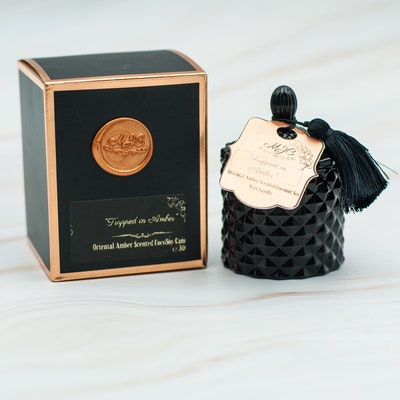 MoeJoe Creations Small Oriental Amber Coconut Soy candle 90g/3.1oz 2021