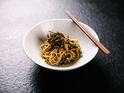 Shanghai Style Spring Onion Noodles